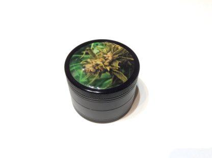 grinder black leaf bud