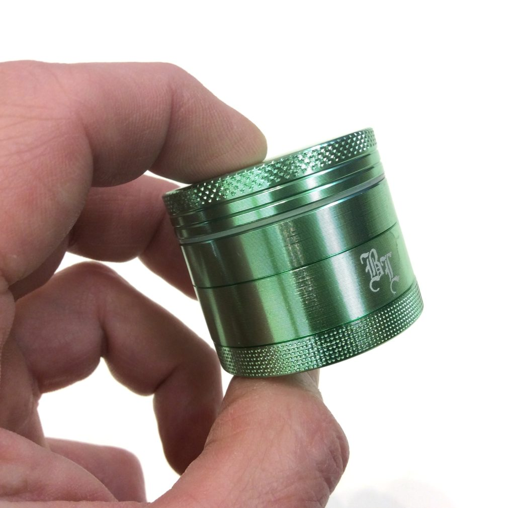 grinder de poche black leaf