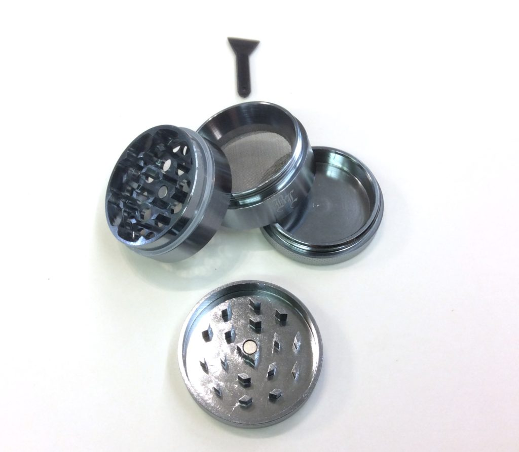 grinder gris metal