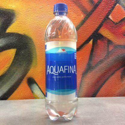bouteille eau cachette