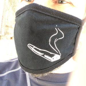 masque anti covid roulee