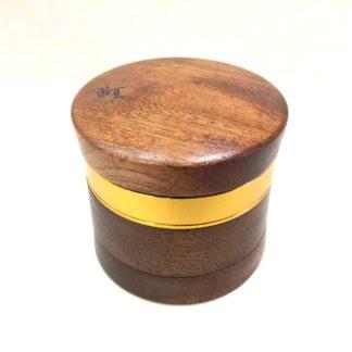 grinder bois metal black leaf