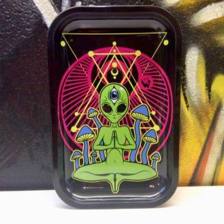 plateau trippy alien