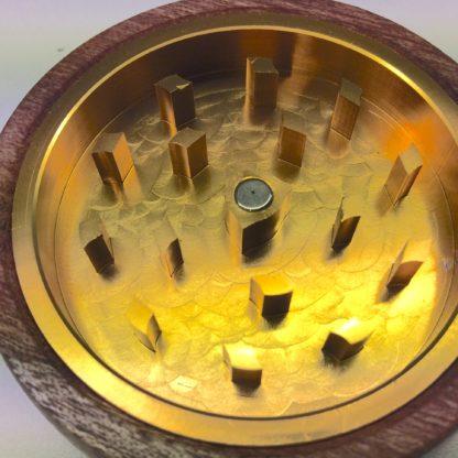 dents metal grinder bois