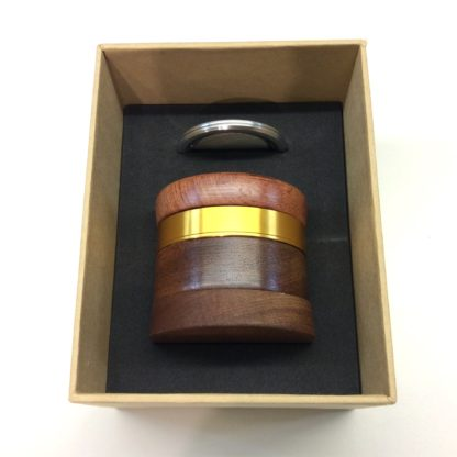 grinder haut de gamme CBD boite